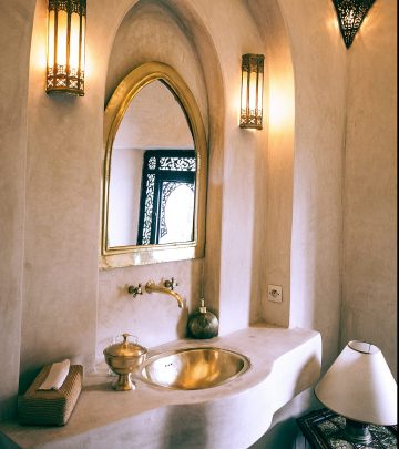 How to add gold accents to your home
